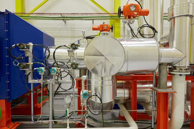 High-temperature air loop test rig